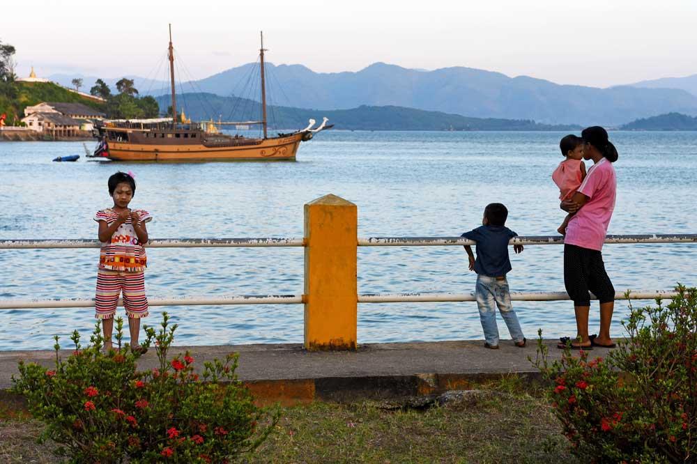 Diva Andaman liveaboard at Kawthaung Pier