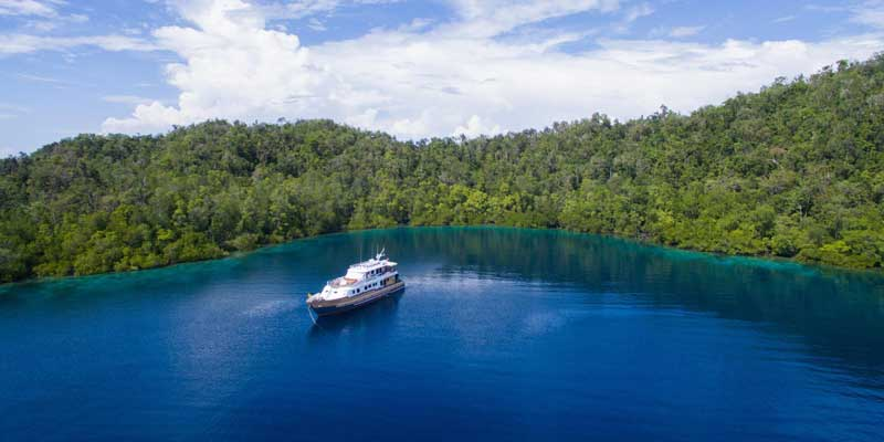 MV Panunee in Raja Ampat
